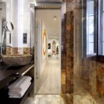 bathroom in five star apartment for rent near the alhambra, spain