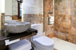 spanish marble walls in bathroom of rental accommodation in Granada Spain