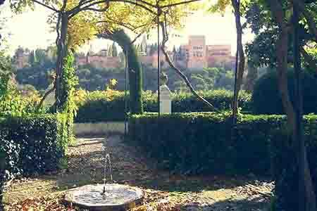 albaicin tradicional house overlooking the alhambra, granada, spain